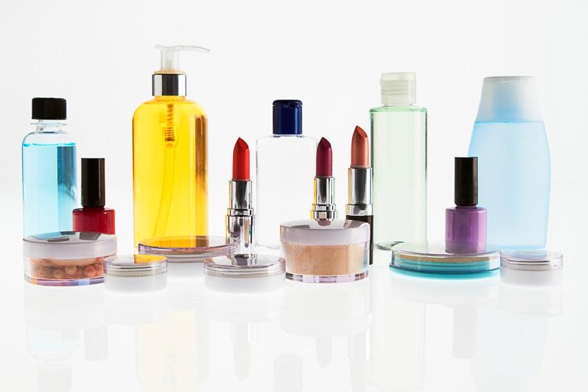 La verità sugli ingredienti dannosi nei cosmetici!