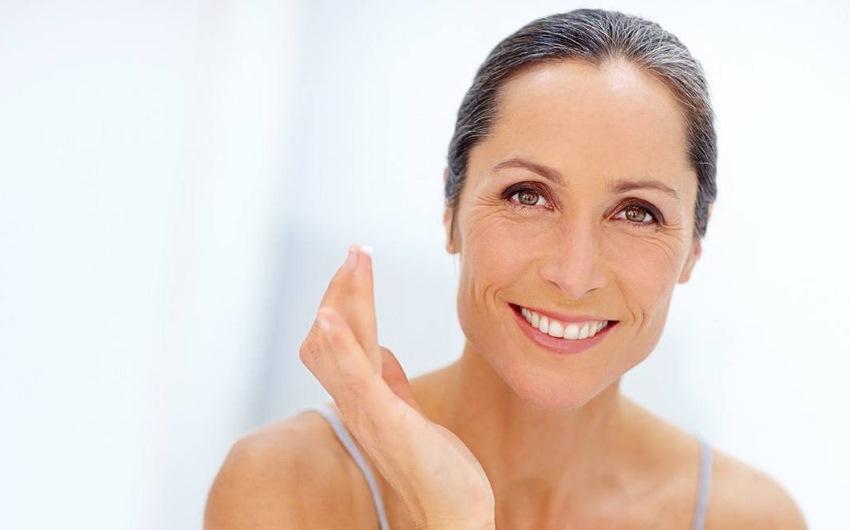 Cerchi una buona crema rassodante viso? Ecco come scegliere la migliore!