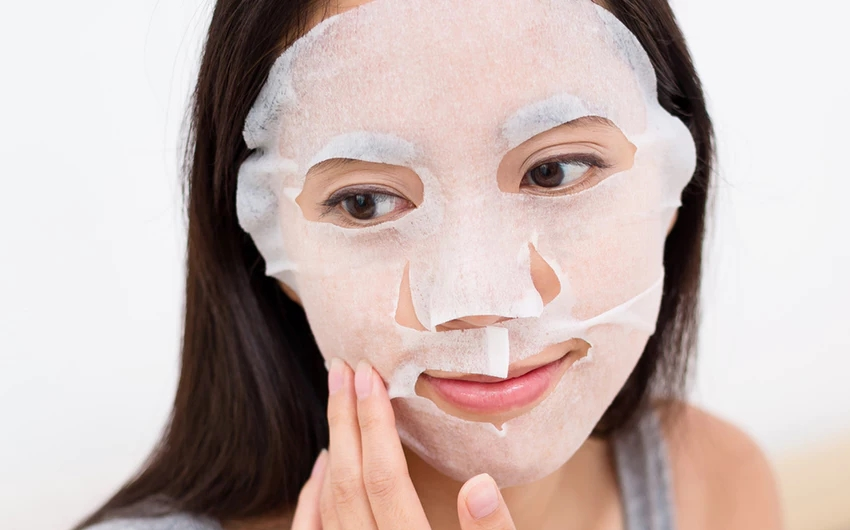 Maschera viso Acido Ialuronico: funziona davvero?