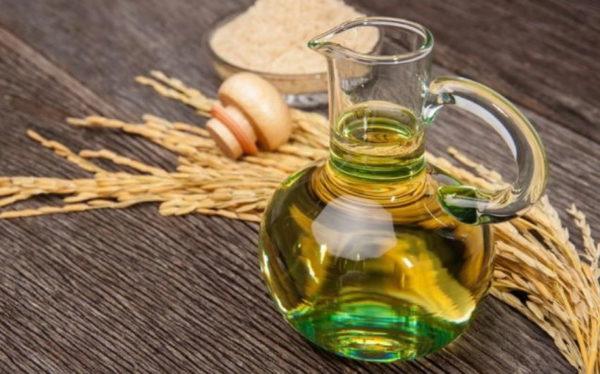 olio di riso per la pelle