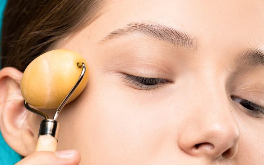 Contorno occhi nutriente BIO pelle secca: guida alla scelta